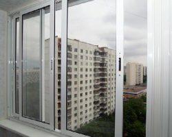 foto-alyuminievykh-balkonnykh-ram-11