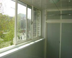 foto-alyuminievykh-balkonnykh-ram-4