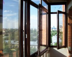 фото балконных рам ПВХ-2