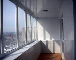 фото балконных рам ПВХ-7