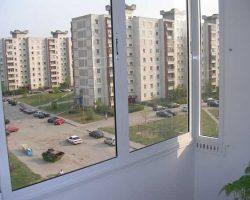 фото балконных рам ПВХ-8